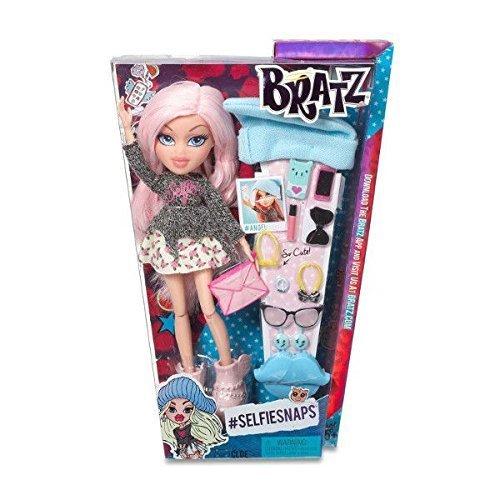 Bratz Selfie Snaps Doll - Cloe