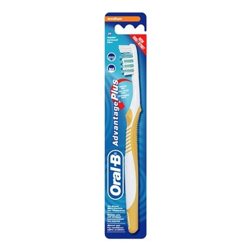 Oral-B Advantage Plus Adult 35 Medium Fresh Breath Manual Toothbrush