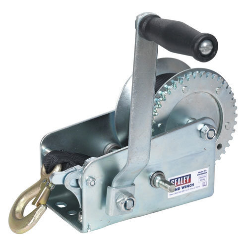 Sealey GWW2000M 900kg Capacity Geared Hand Winch with Webbing Strap
