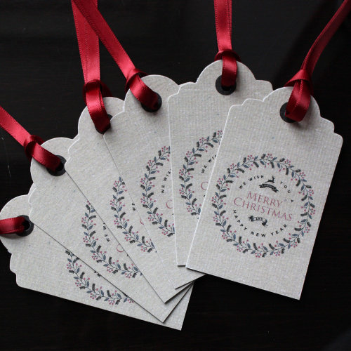 Merry Christmas Wreath Design Gift Tags x 6 Kraft Brown Vintage Wrapping