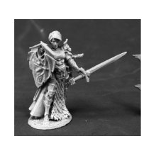Reaper Miniatures Dark Heaven Legends 03800 Mara Frostraven Female Anti-Paladin