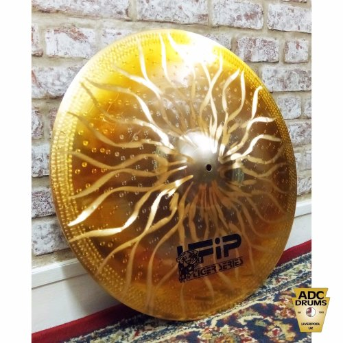 "UFIP TIGER CYMBALS 18"" CRASH"